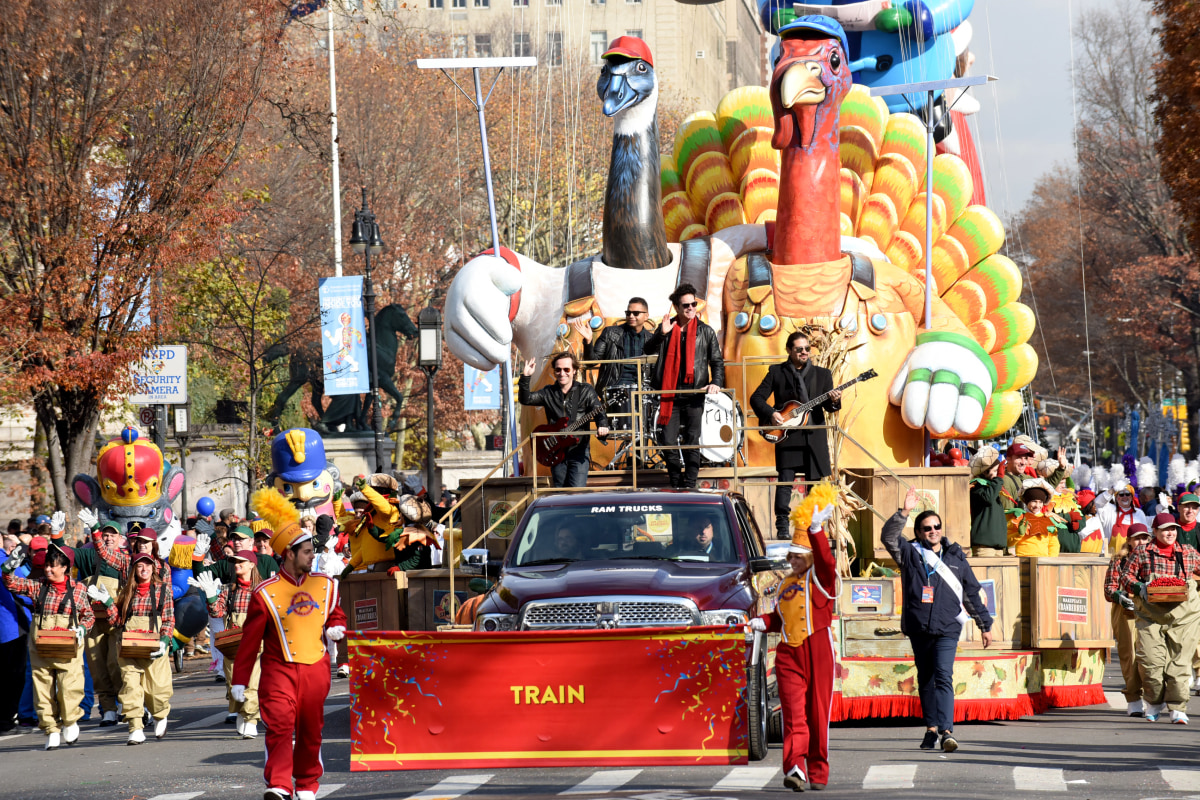 ISIS Singles Out Macy's Thanksgiving Day Parade as ...
