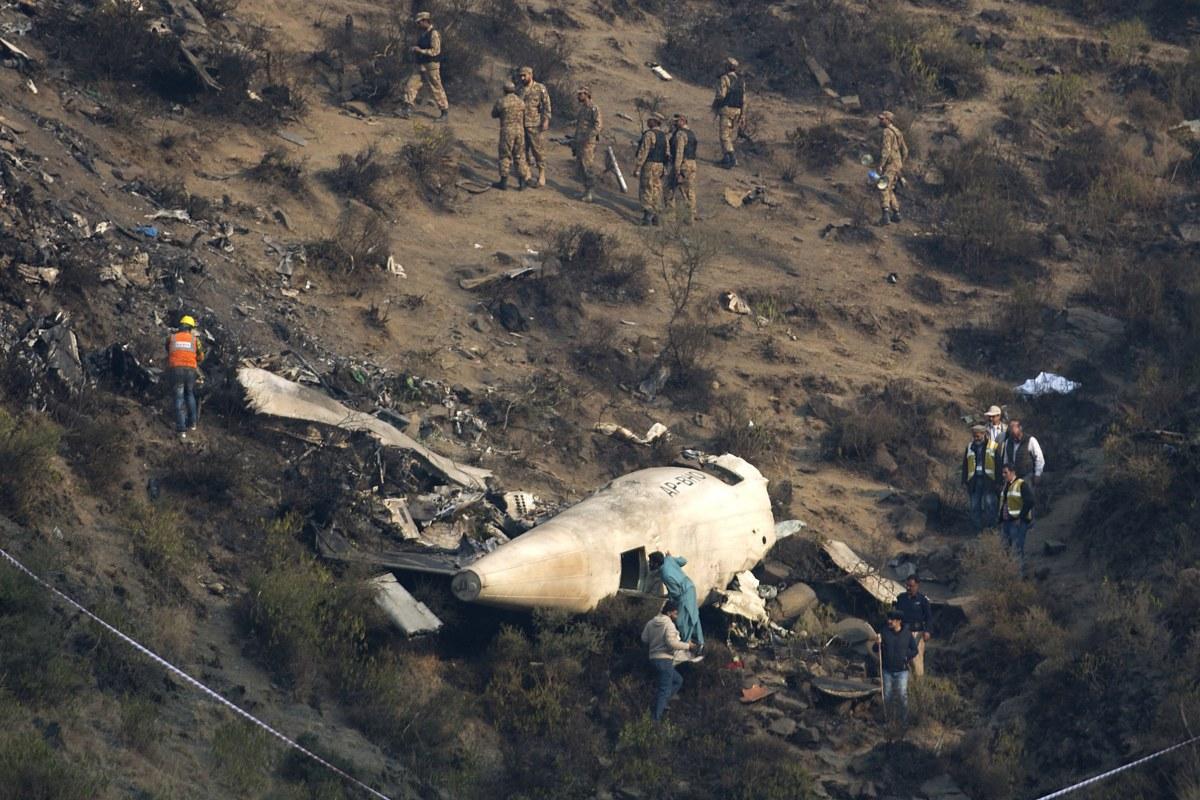 Image: Pakistan crash