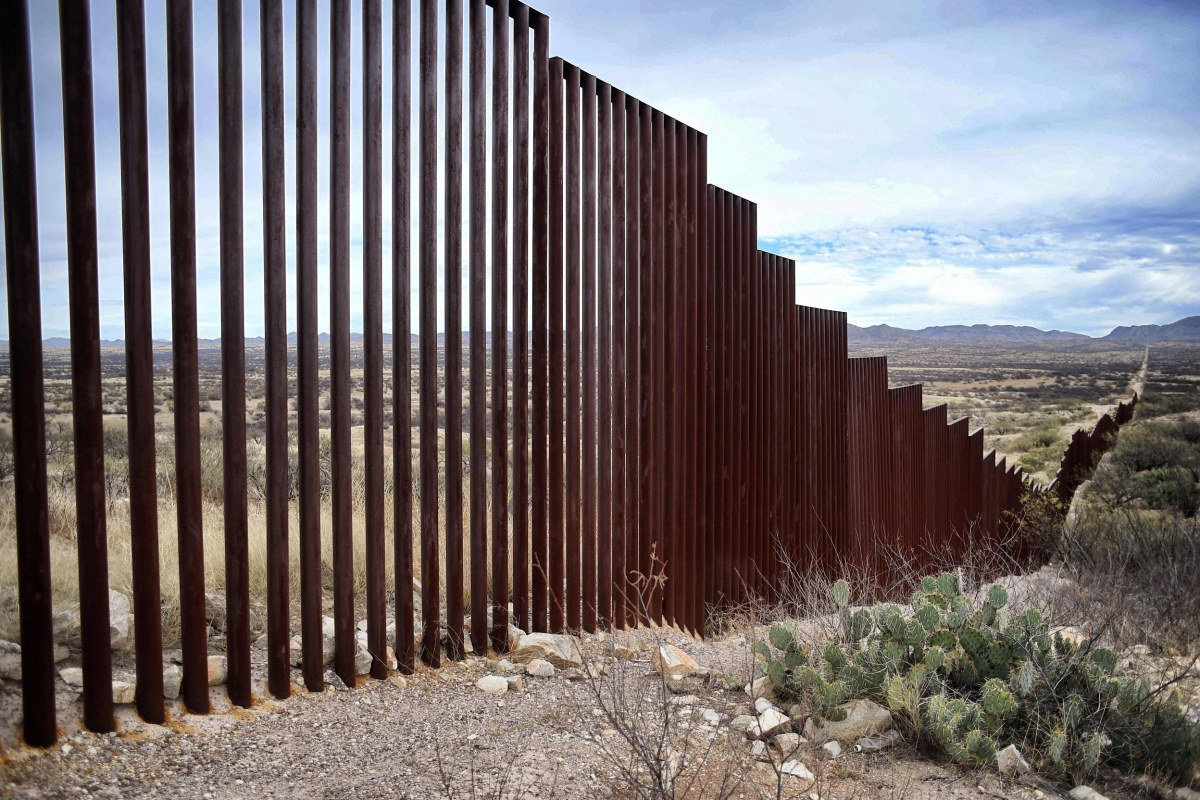 Wall Trump Expected To Sign Order To Fund Border Wall Administration