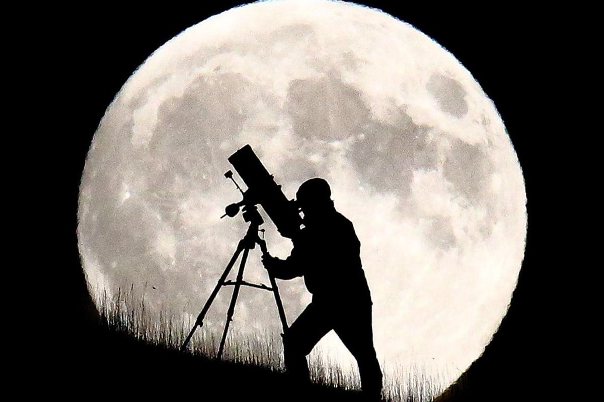 170210-full-moon-mn-0930_20560a48203962f3f32ed0d55ee27130.nbcnews-fp-1200-800.jpg