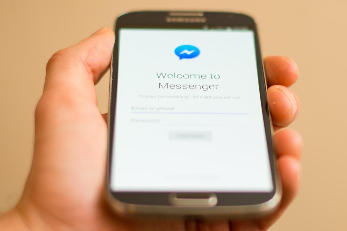 Facebook Messenger Hits 1.2 Billion User Milestone - NBC News