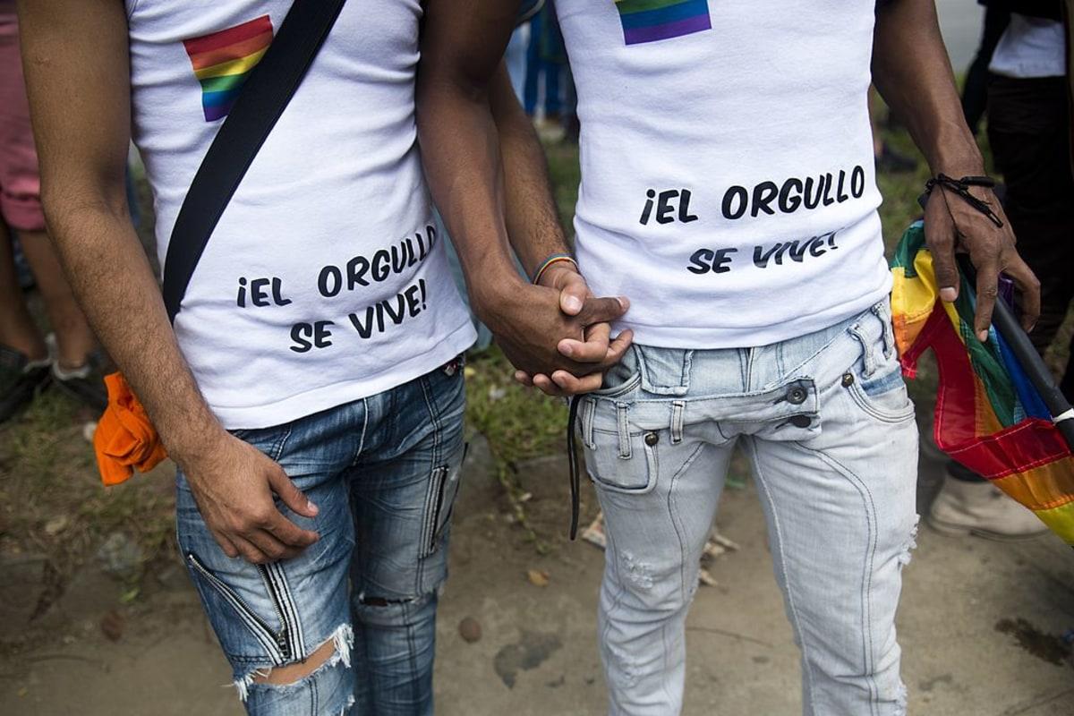 from Robert gay caracas venezuela