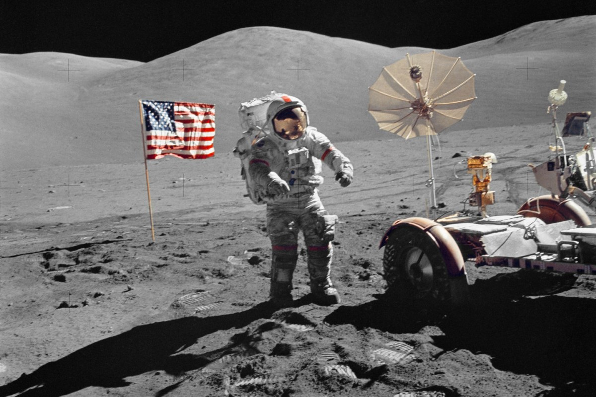 Apollo 17 Photos Spotlight Man's Last Trip to the Moon ...