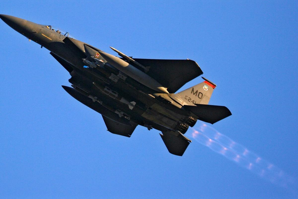 U.S. sells Qatar $12B in F-15s days after Trump says it funds terror