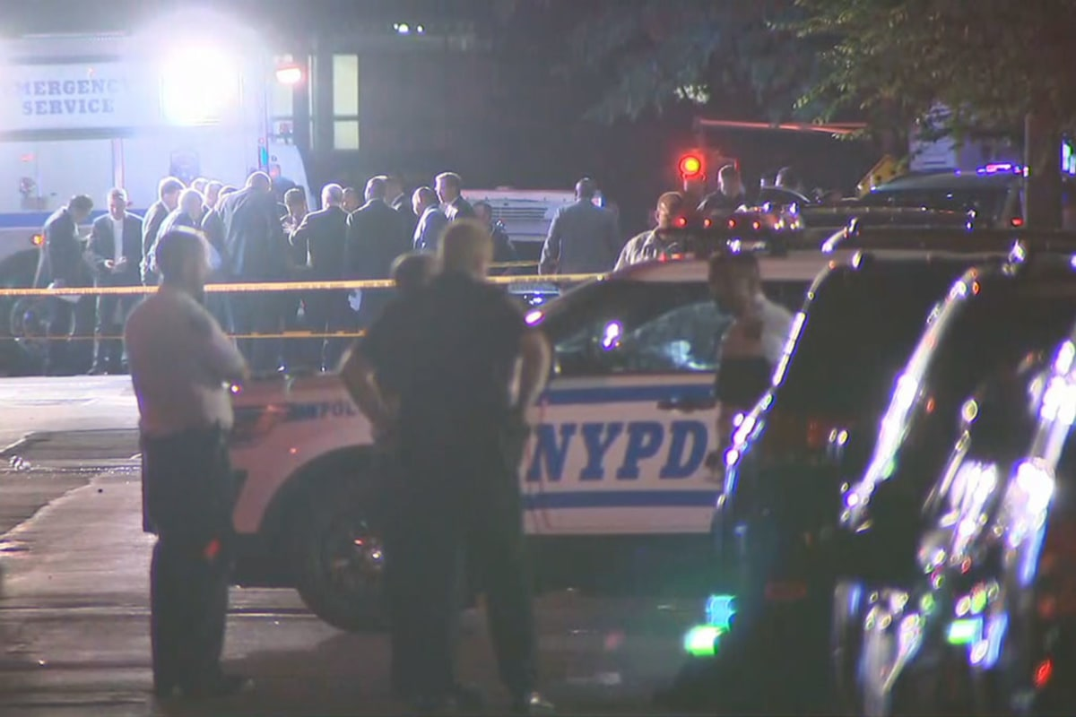 NYPD Cop 'Assassinated' in The Bronx While Sitting in Marked Police Vehicle – NBCNews.com