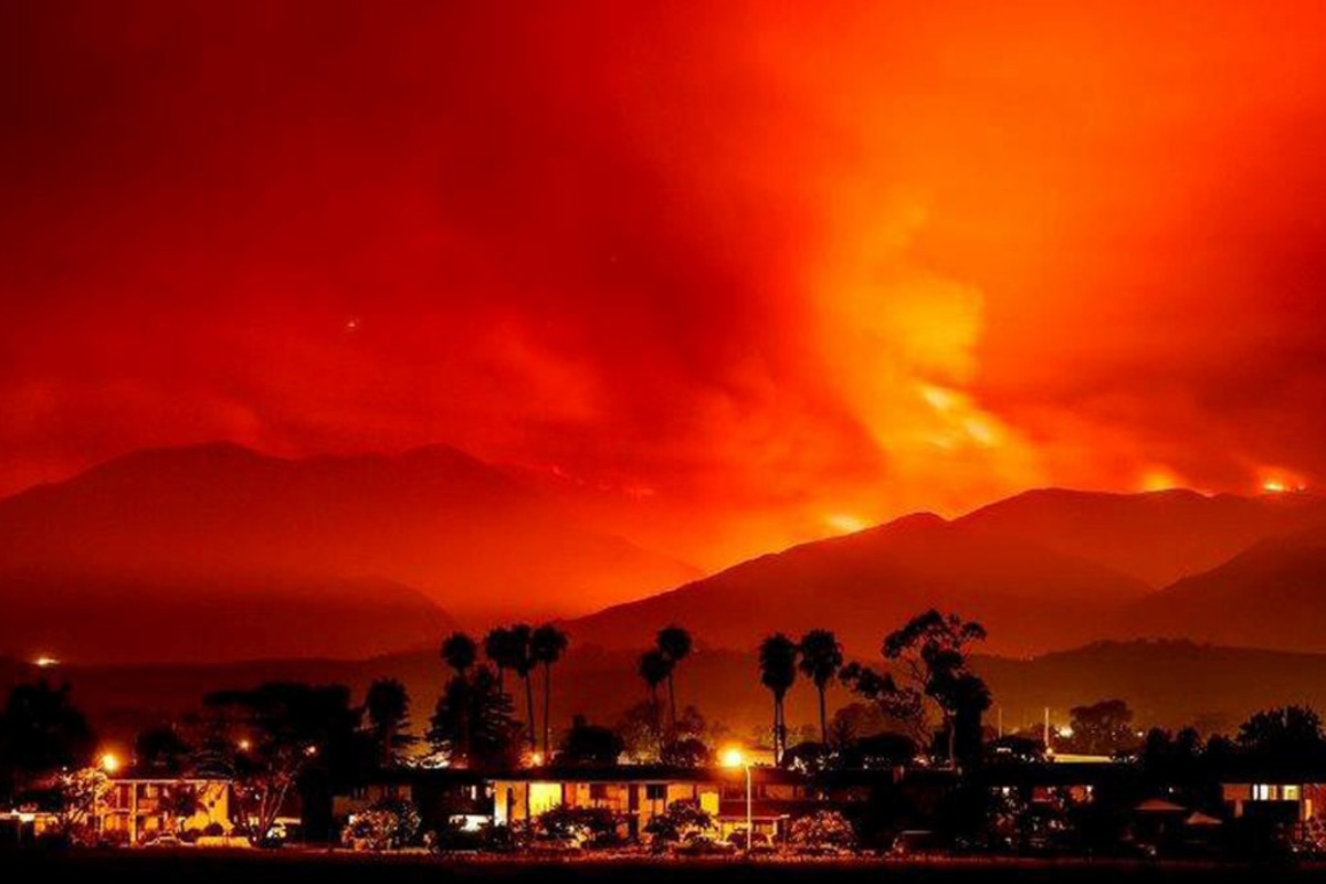 Nearly 9000 wildfires tore through the state burning 12 million acres of land an area the size of Delaware destroying more than 10800 structures and killing at