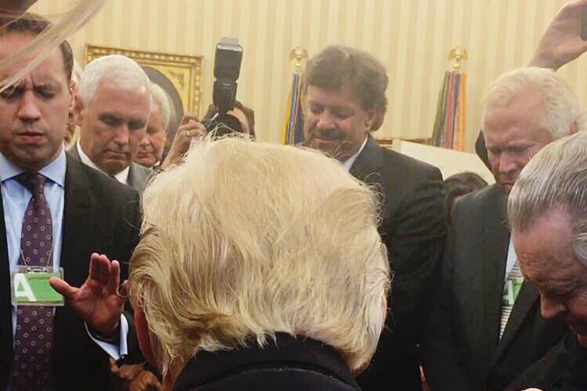 Trump Prays With Evangelical Leaders in Oval Office – NBCNews.com