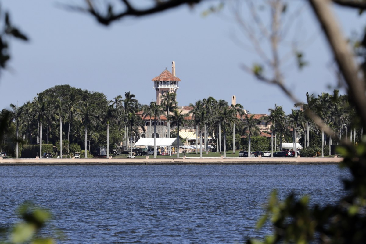 Trump Must Release Mar-a-Lago Visitor Logs, Judge Rules – NBCNews.com