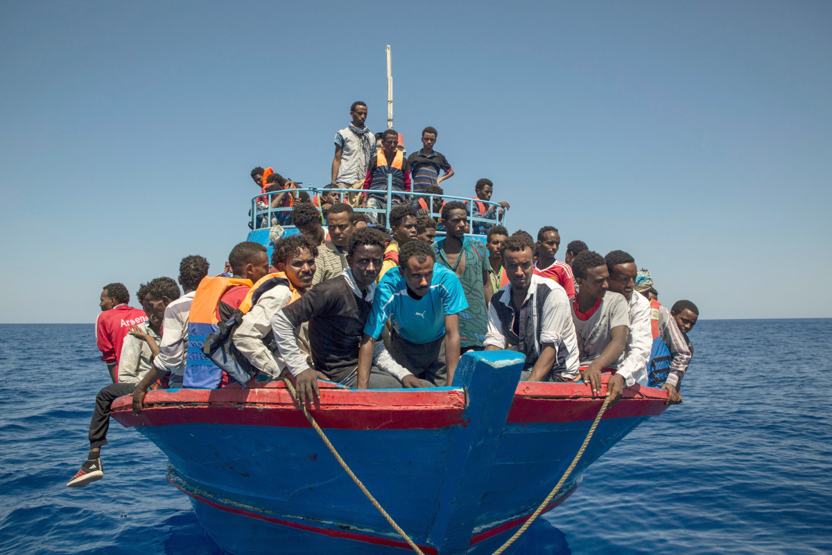 Aid Groups Suspend Migrant Rescues Over Libyan Threats