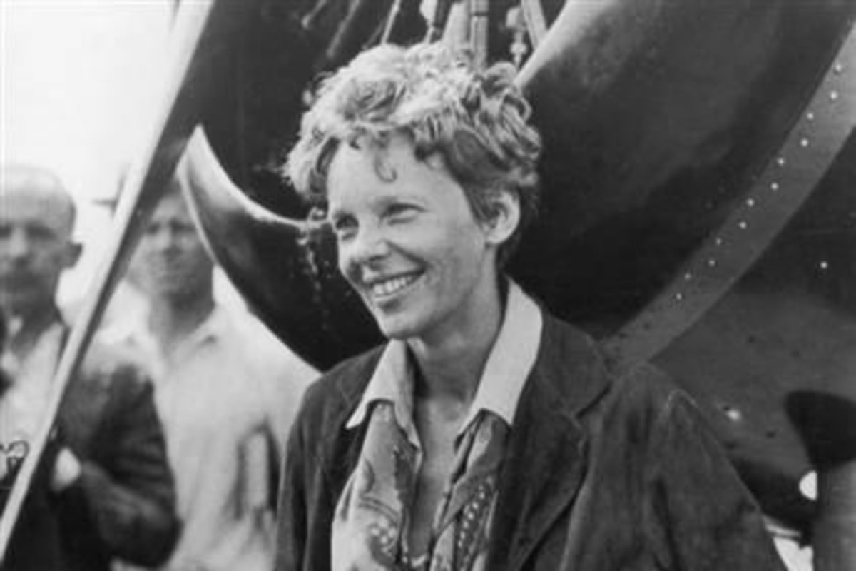Did Amelia Earhart live as an island castaway? Old photos may tell - NBC News