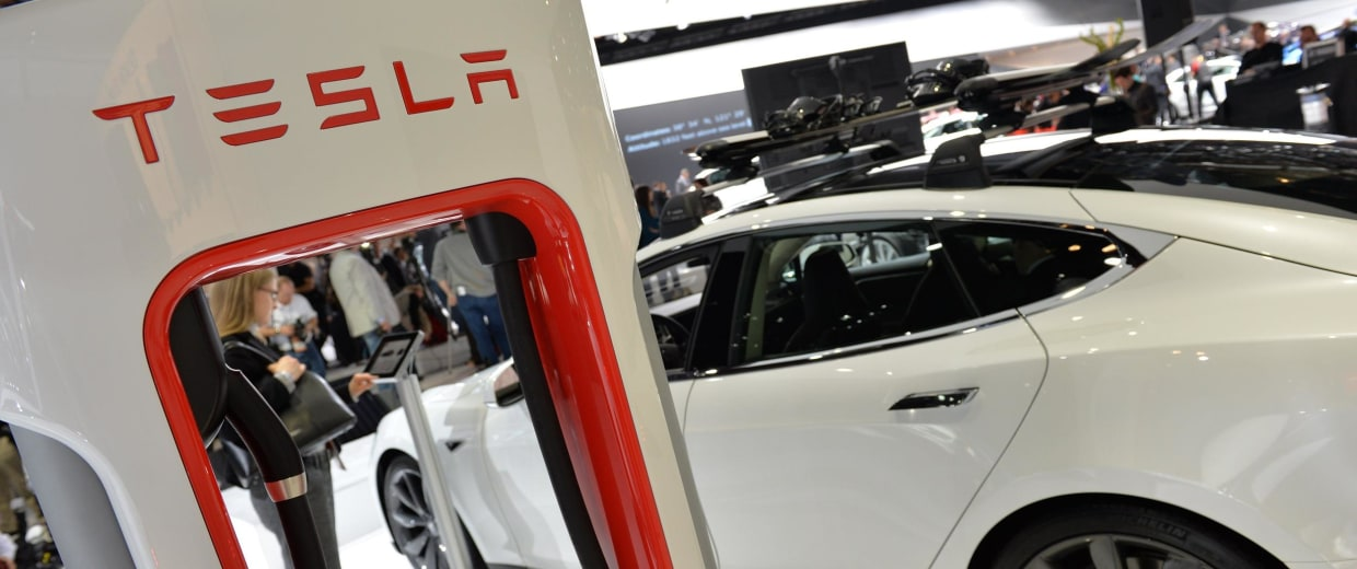 Apple and Tesla met last year, a published report says, sparking all sorts of speculation about what they could be up to.