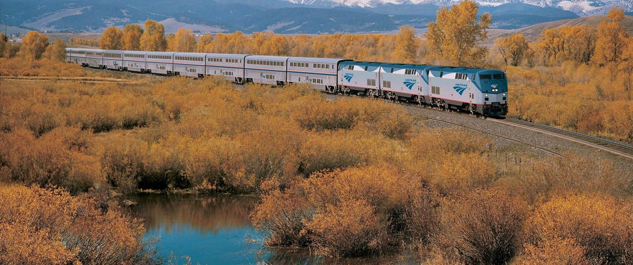 Image: Amtrak has announced a writers residency program, which will provide a round-trip ticket on a long-distance train for up to 24 writers.