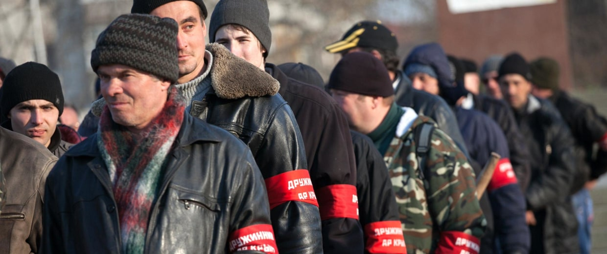 Image: Crimean pro-Russian volunteers