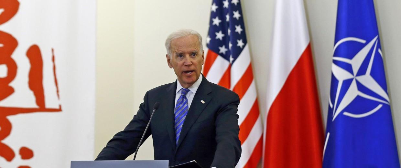 Image: U.S. Vice President Biden addresses to media after meeting Polish President Komorowski in Warsaw