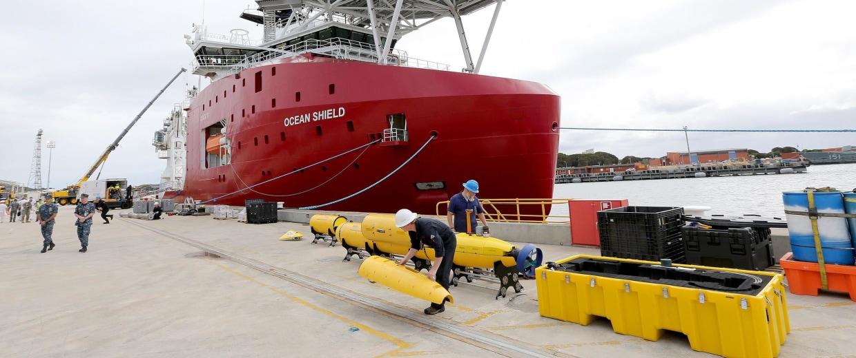 Image: Australian Defence Vessel 'Ocean Shield'
