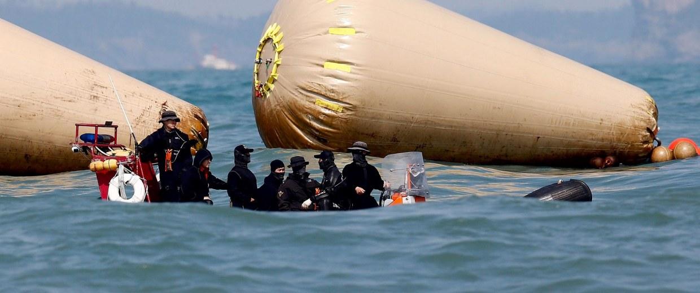Image: South Korea ferry sinking