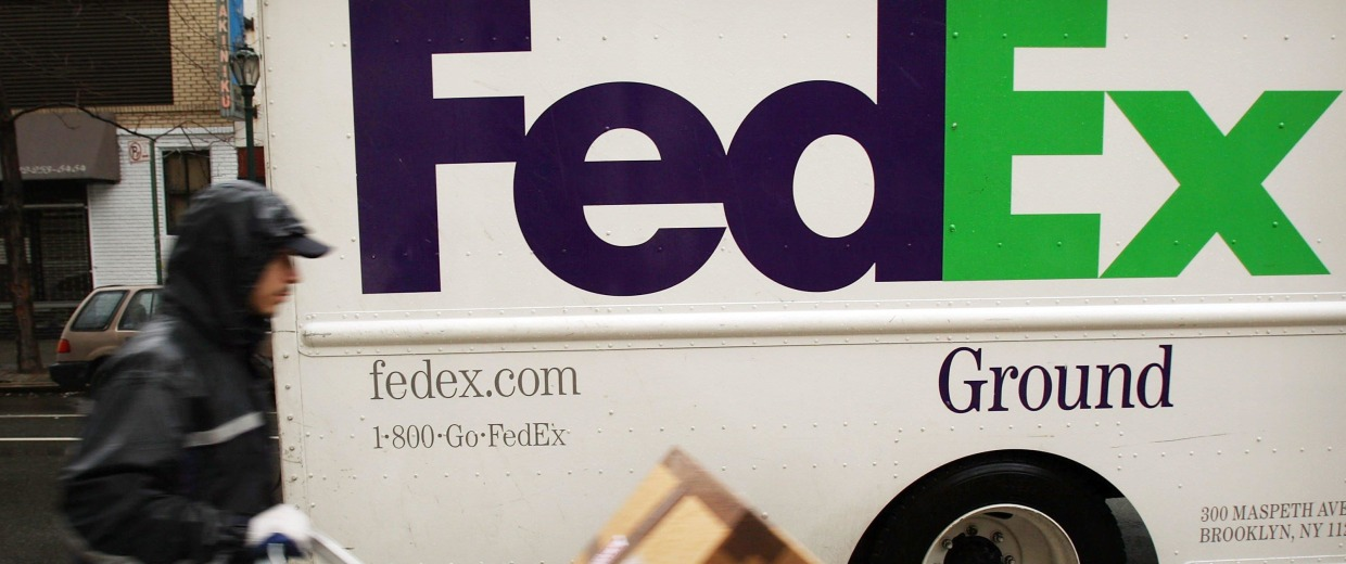 FedEx Ground truck