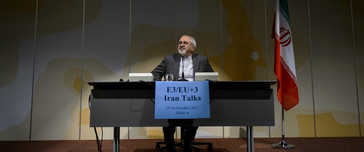 Image: Iranian Foreign Minister Mohammad Javad Zarif attends a press conference
