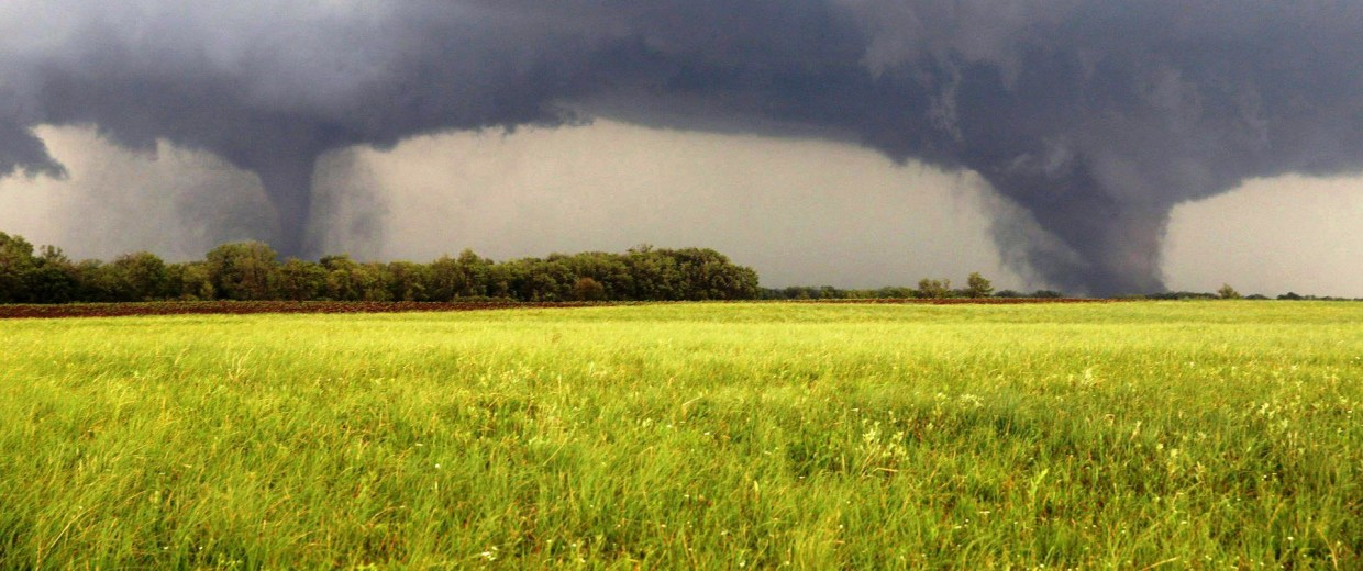 Image: Twin tornadoes