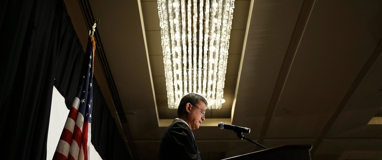 Image: U.S. Secretary of Veterans Affairs Eric Shinseki