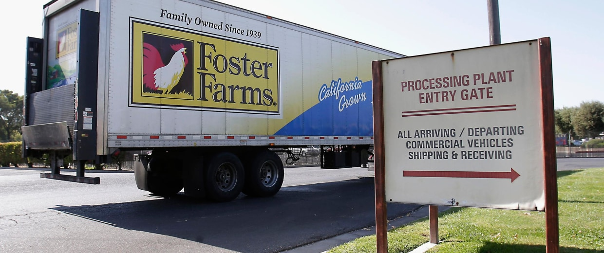 Image: A truck entering the Foster Farms processing plant in Livingston, Calif.