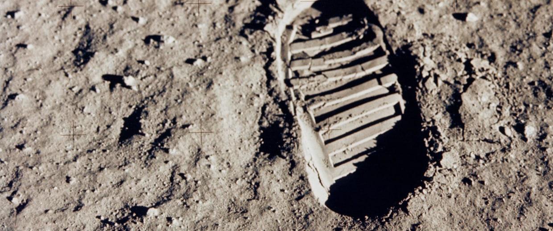 Image: Bootprint on the moon