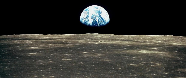 Image: Apollo 11 Earthrise