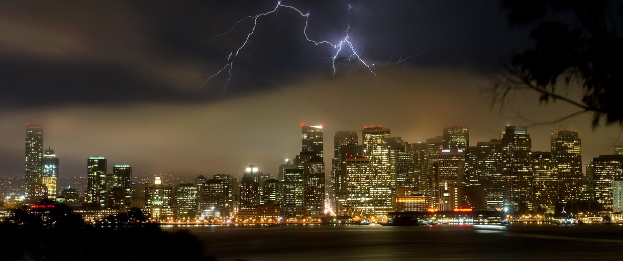 Image: Lightning strikes in California