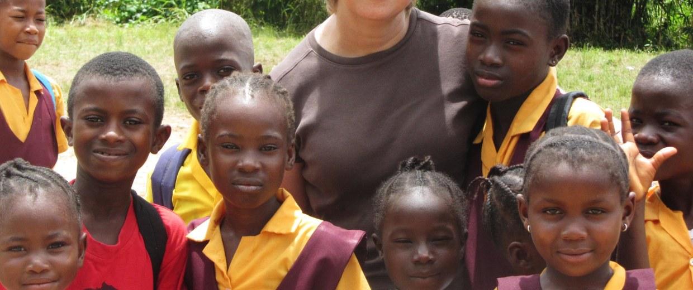 Image: Nancy Writebol with children in Liberia