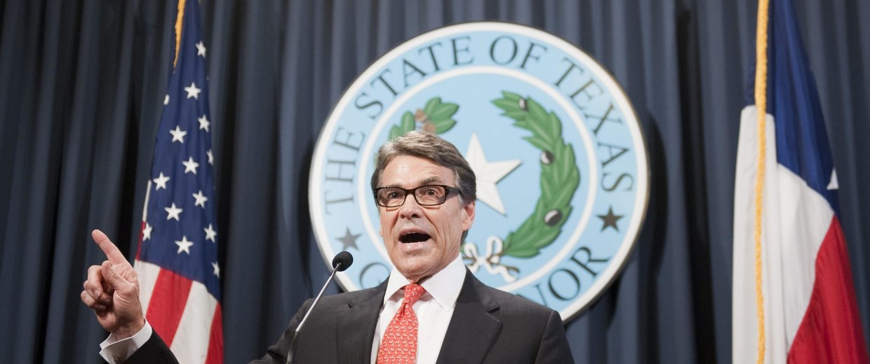Image: Texas governor lashes out at indictment