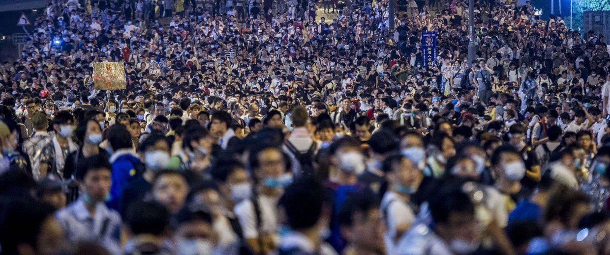 Image: Pro-democracy protesters demonstrate in Hong Kong