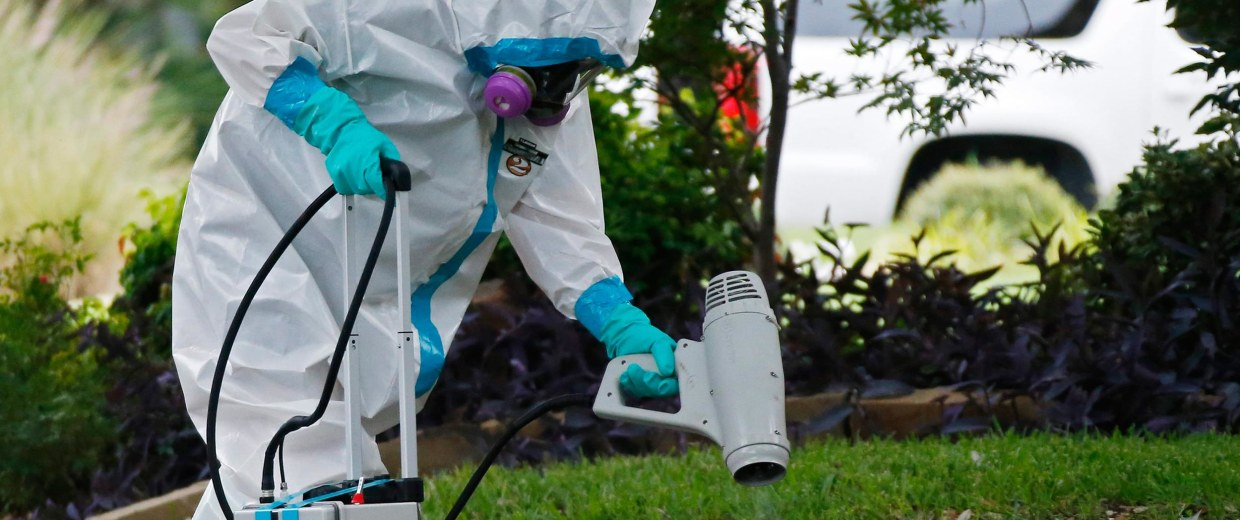 Image: Texas health care worker tests positive for Ebola
