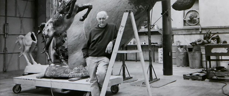 Image: Luis Jimenez in Studio