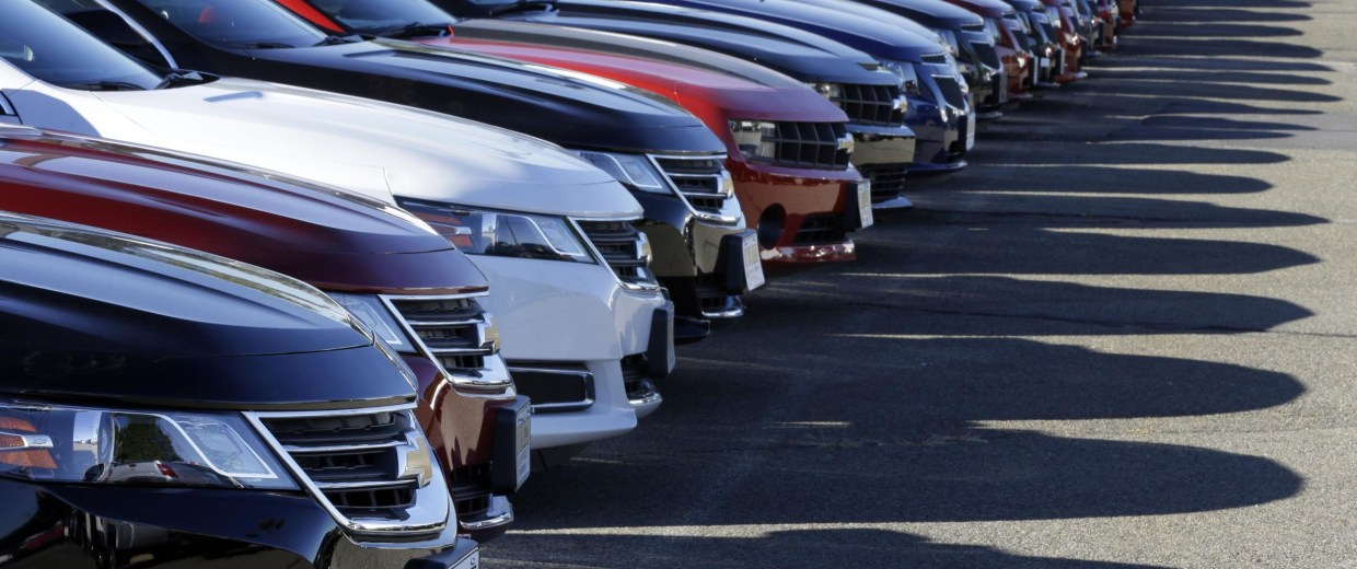 Black Friday has become one of the fastest growing day for auto sales.