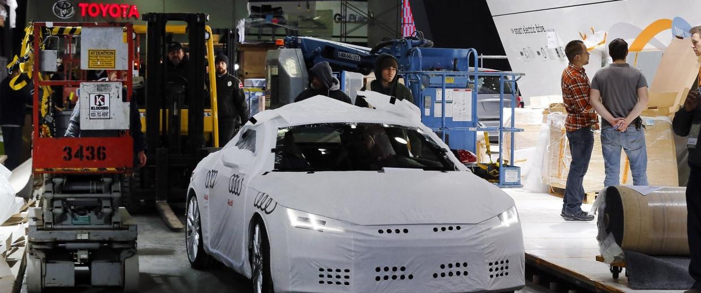 Detroit Auto Show Automakers Flex Their Muscle Nbc News