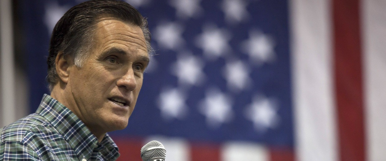 Image: Mitt Romney Campaigns With AK Senate Candidate Dan Sullivan In Anchorage