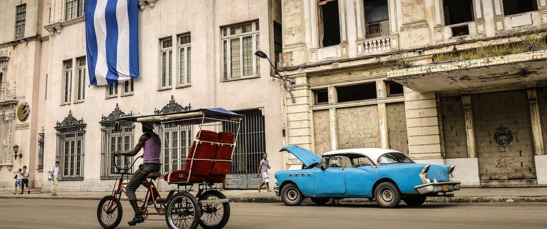 Image: CUBA-CAR-SALES