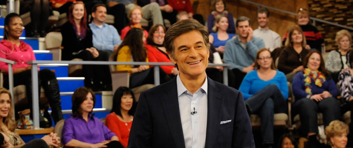Image: Dr. Mehmet Oz stands in front of the audience of The Dr. Oz Show.