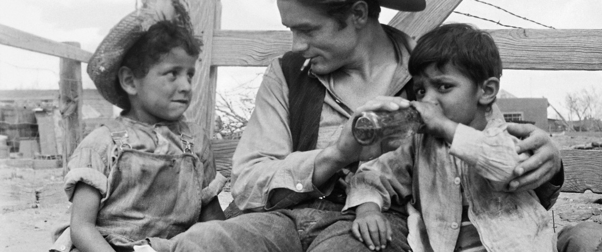 Image: Actor James Dean with two local children in Marfa