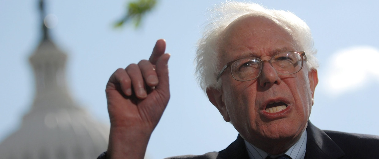 Image: Independent Senator from Vermont Bernie Sanders announces he will run for president