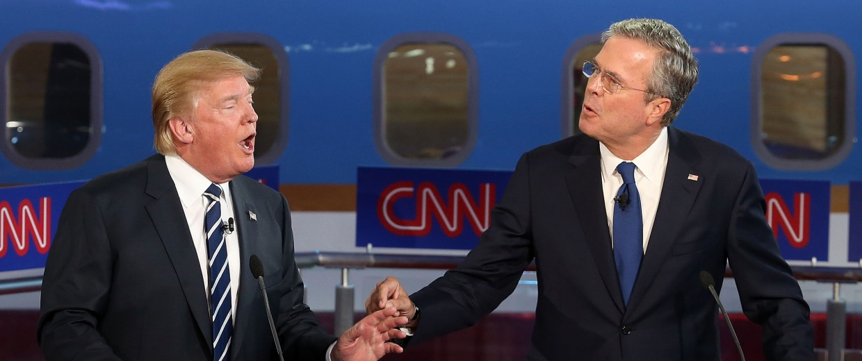 Image: Donald Trump (L) and Jeb Bush