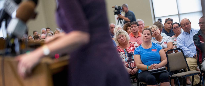 Image: Carly Fiorina Campaigns In Davenport, Iowa