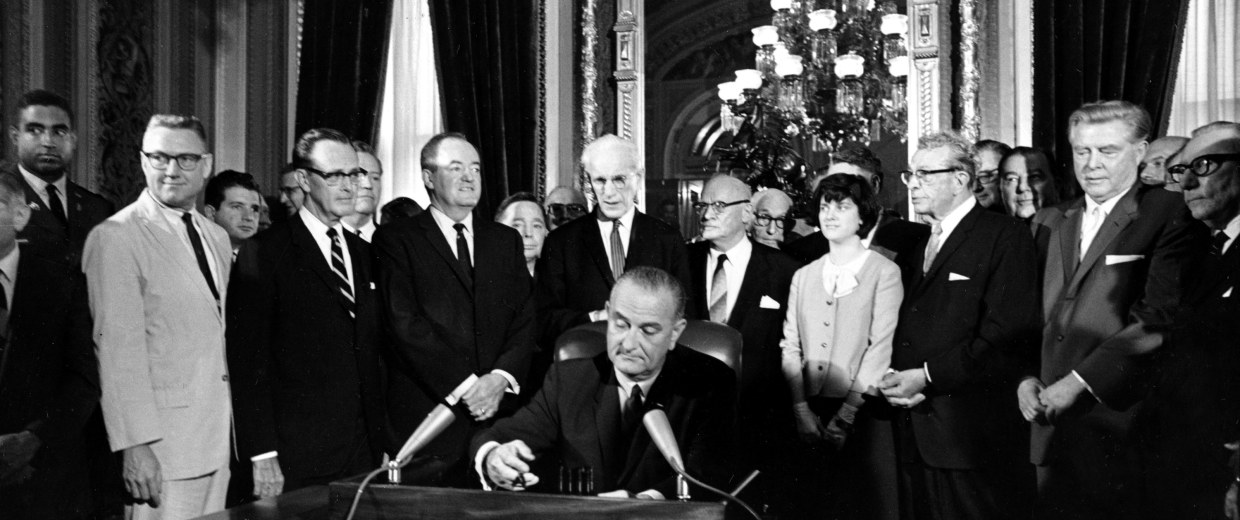 Image: Lyndon Baines Johnson, Hubert Humphrey, John McCormack, Emanuel Celler, Luci Johnson, Everett Dirksen, Carl Albert, Carl Hayden