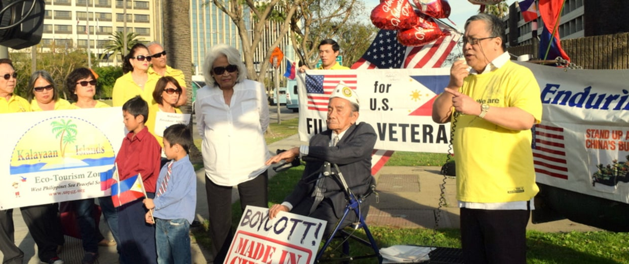 Franco Arcebal, 92, with demonstrators at Los Angeles International Airport, awaiting the arrival of Philippine President Benigno Aquino III and other attendees for the U.S.-ASEAN summit, Feb. 14, 2016.