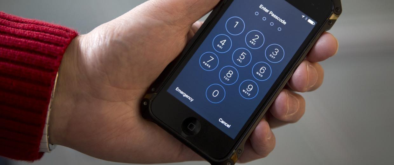 IMAGE: iPhone lockscreen