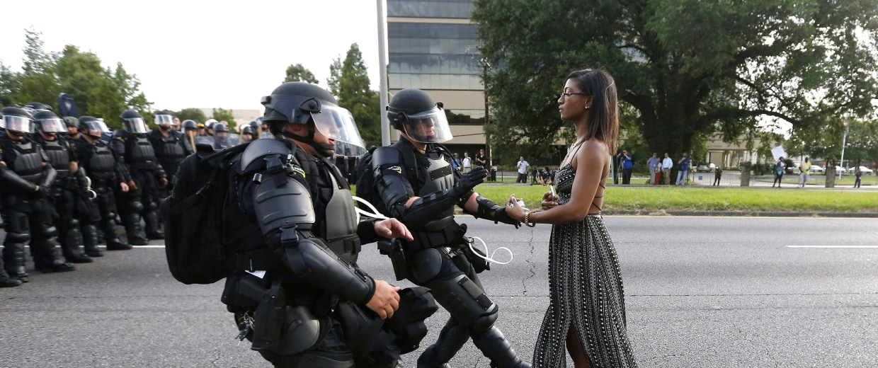 Image: A Picture and its Story: Taking a stand in Baton Rouge