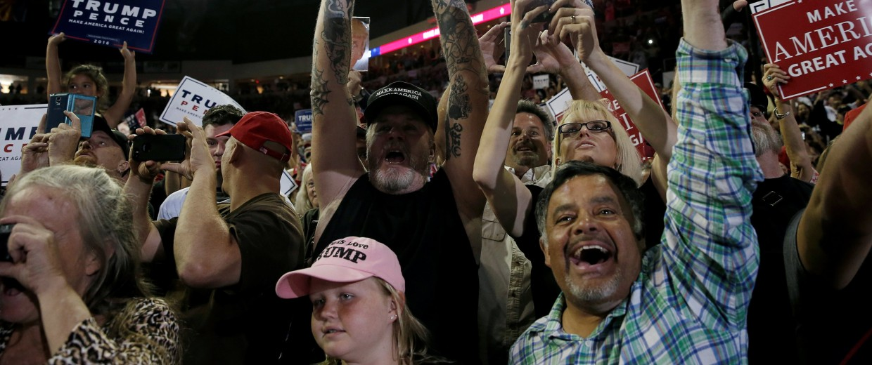 Image: Supporters of Republican presidential nominee Donald Trump cheer at a campaign rally, in Prescott Valley
