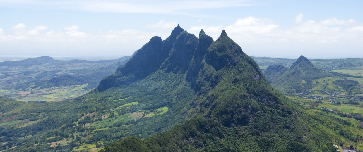 Image: Panoramic views of Mauritius.