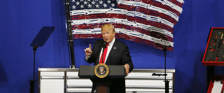 Image: Trump speaks at Snap-On Tools in Kenosha