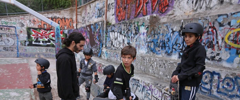 Image: Refugees skateboarding